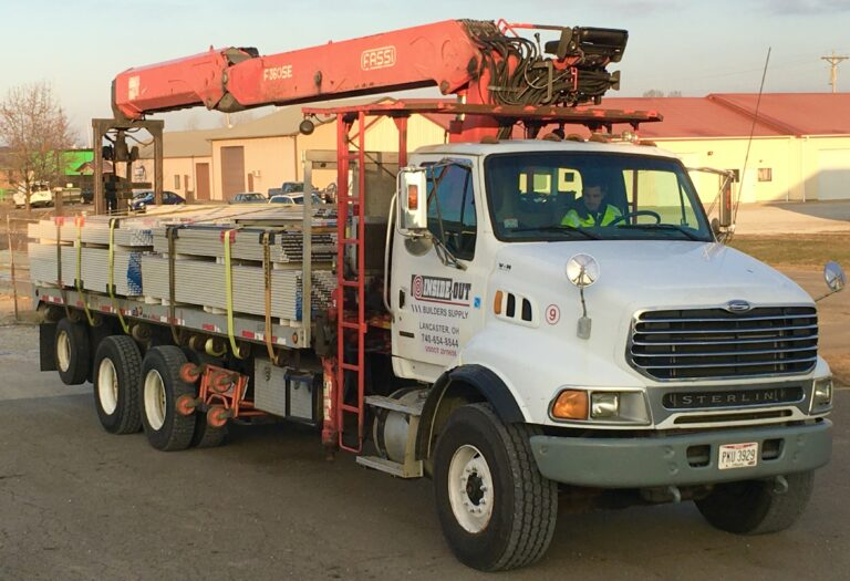 Boom delivery drywall truck six story